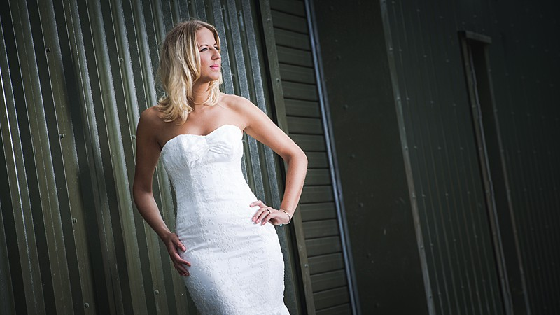 bridal photoshoot white sheath dress fitted sweetheart strapless